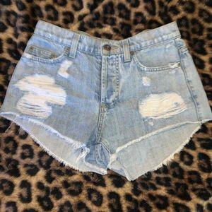 High-waisted Carmar Jean shorts